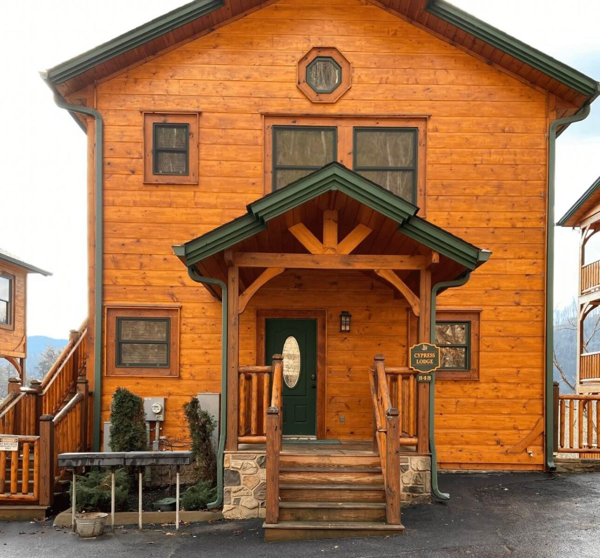 Exterior view of the front of Cypress Lodge in Gatlinburg Falls Resort